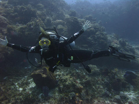 RESTOKE Ambassador Jodi Leafer scuba diving