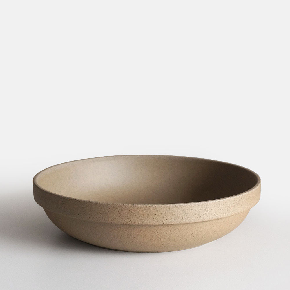 Hasami Round Bowl Brown, Large 8.5""