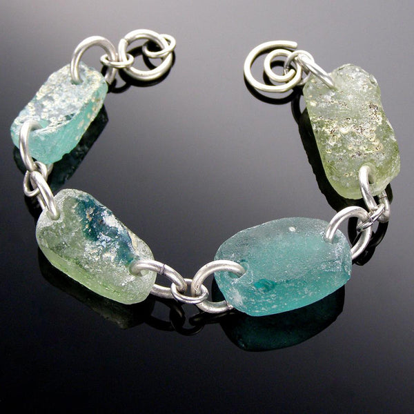 link bracelet light blue and pale olive roman glass