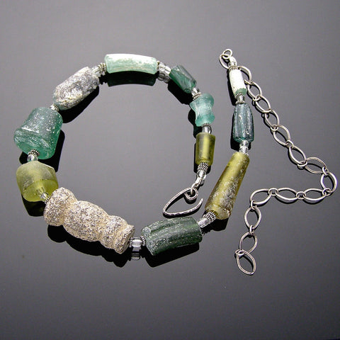 roman glass chain
