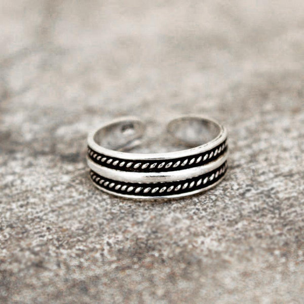 TRIBAL SILVER ADJUSTABLE TOE RING - SILBERUH