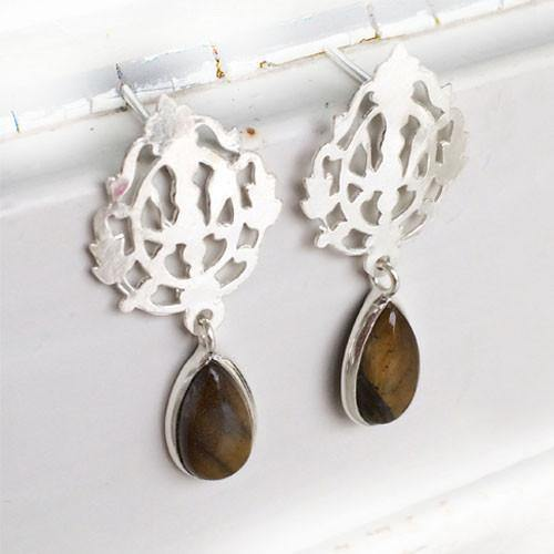 ARABIC TIGER'S EYE SILVER EARRING - SILBERUH
