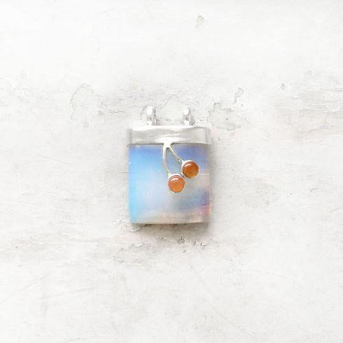 CHERRY ON THE TREE FIRE OPAL SILVER PENDANT - SILBERUH