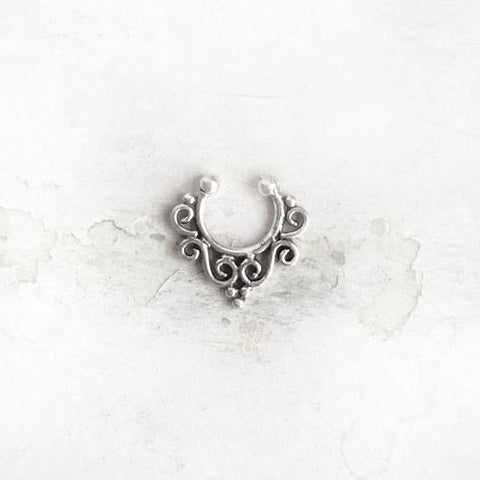 SEPTUM SILVER NOSE RING - SILBERUH