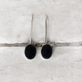 BLACK ONYX LONG HOOK EARRINGS - SILBERUH