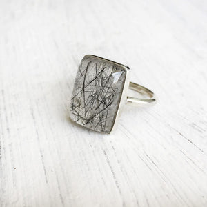 BLACK RUTILE QUARTZ SILVER RING - SILBERUH