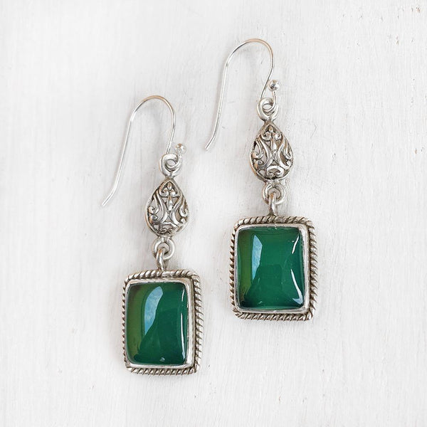 GREEN ONYX FILIGREE SILVER EARRING