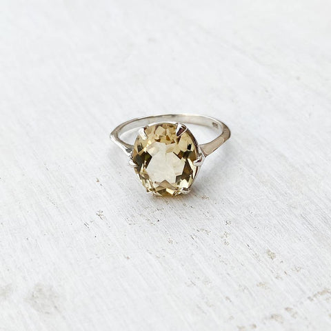 CITRINE SILVER OVAL RING
