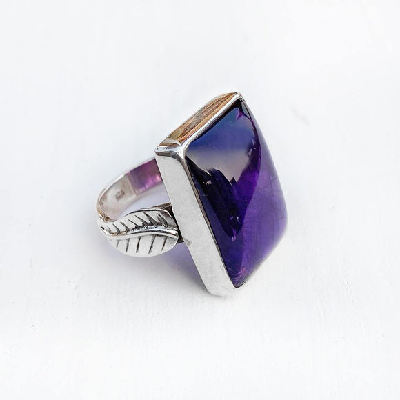 AMETHYST LEAF SILVER RING