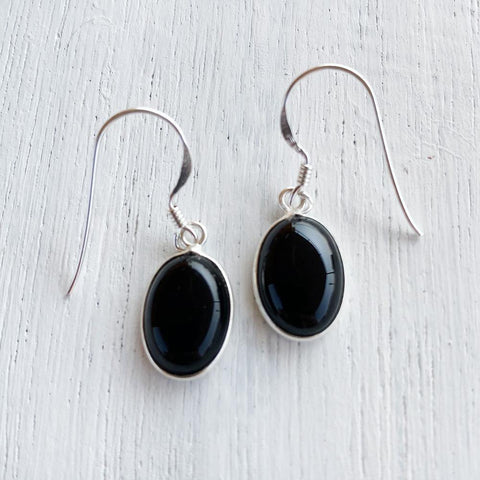 BLACK ONYX OVAL SILVER EARRING