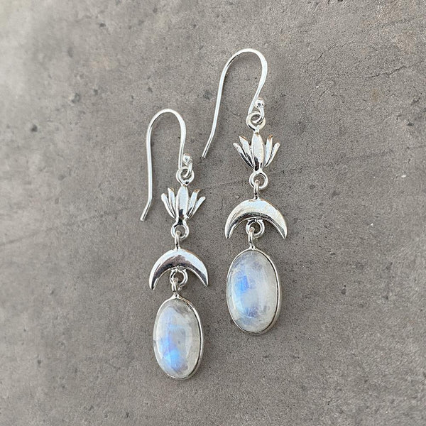 RAINBOW MOONSTONE LOTUS SILVER EARRING