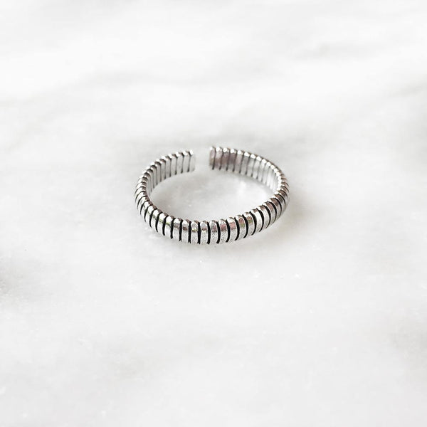 SPRING SILVER ADJUSTABLE TOE RING - SILBERUH