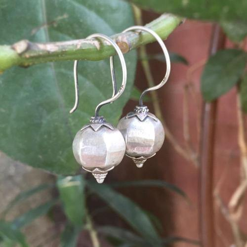 TRIBAL SILVER DROP EARRING - SILBERUH