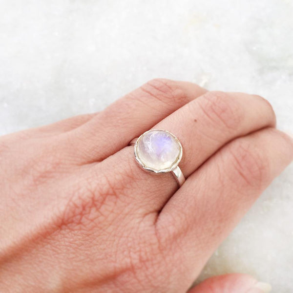 KNOTTED RAINBOW MOONSTONE SILVER RING - SILBERUH
