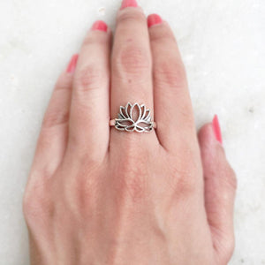 LOTUS SILVER RING - SILBERUH