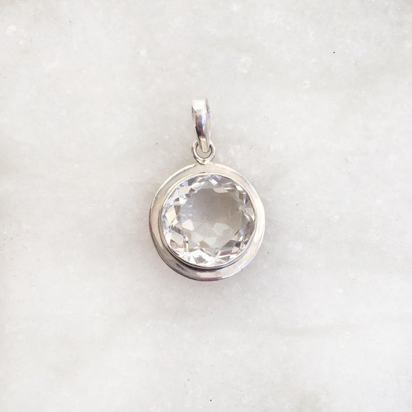 FACETTED ROCK CRYSTAL SILVER PENDANT - SILBERUH