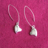 LONG HOOK SILVER HEART EARRING - SILBERUH