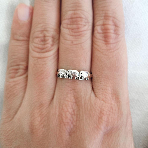 ELEPHANT SILVER BAND RING - SILBERUH