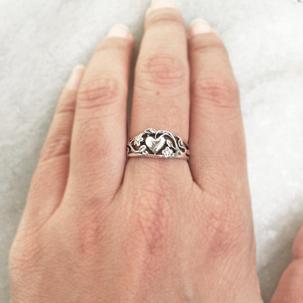 HEART FILIGREE SILVER RING - SILBERUH