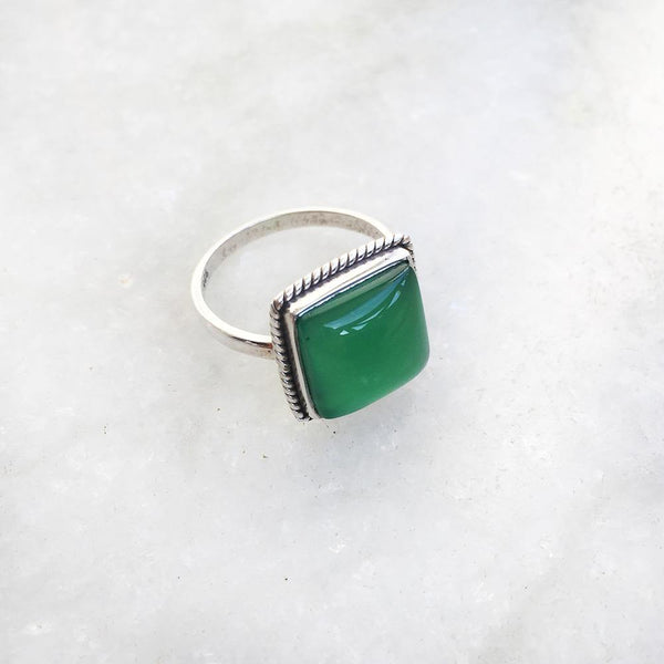 GREEN ONYX SQUARE SILVER RING - SILBERUH