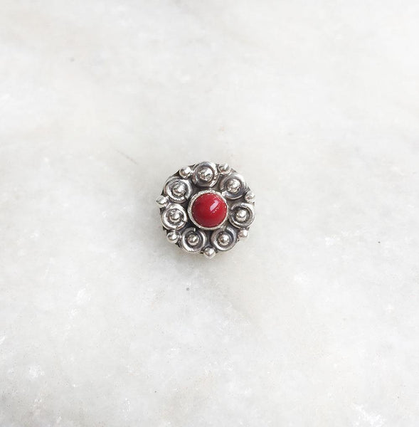 CORAL SILVER TRIBAL NOSE PIN - SILBERUH