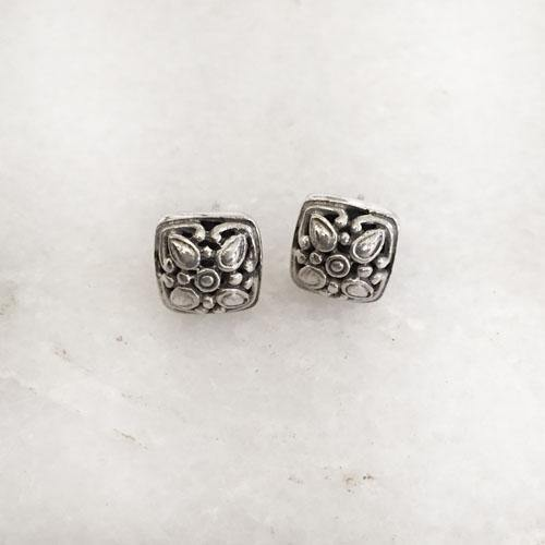 JALI SILVER SQUARE STUD - SILBERUH