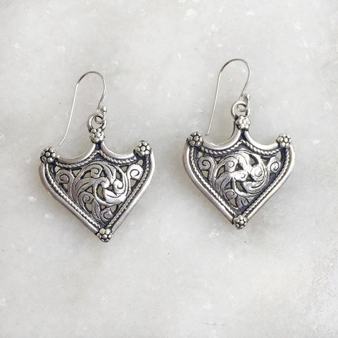 WARRIOR SILVER JALI EARRING