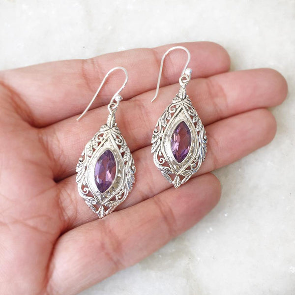 AMETHYST FACETTED SILVER CARVED EARRING - SILBERUH