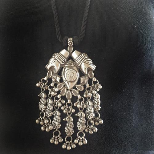 TRIBAL SILVER PENDANT NECKLACE - SILBERUH