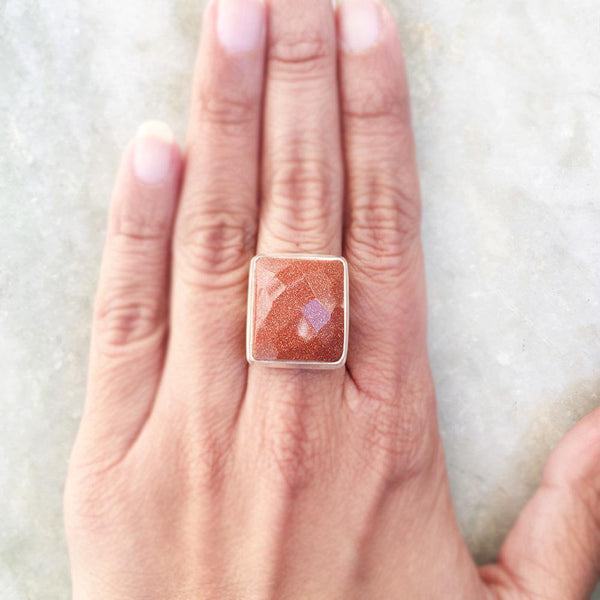 GOLDEN SUNSTONE FACETTED SILVER RING - SILBERUH