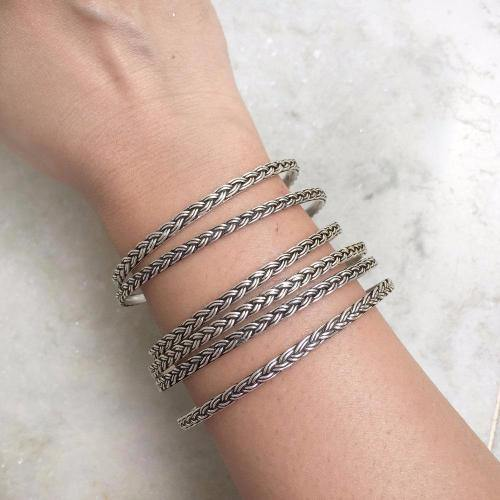 KNOTTED SILVER BANGLES - SILBERUH