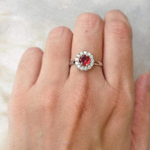 GARNET FACETTED SILVER RING