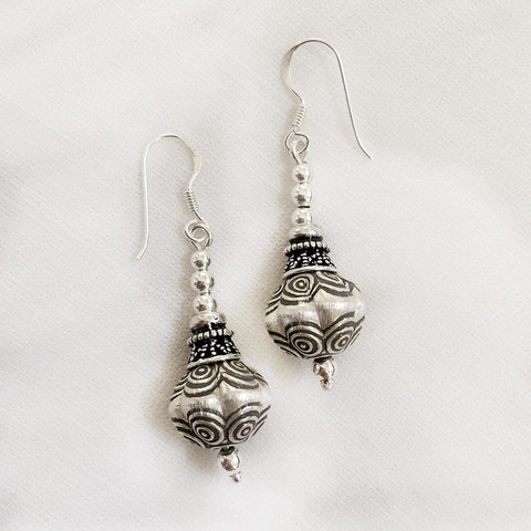 DHOLAK SILVER TRIBAL EARRINGS - SILBERUH