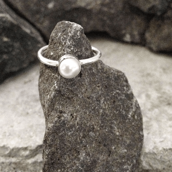 STACKING PEARL SILVER RING - SILBERUH