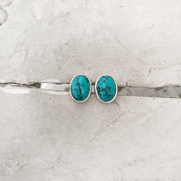TURQUOISE OVAL SILVER STUD - SILBERUH