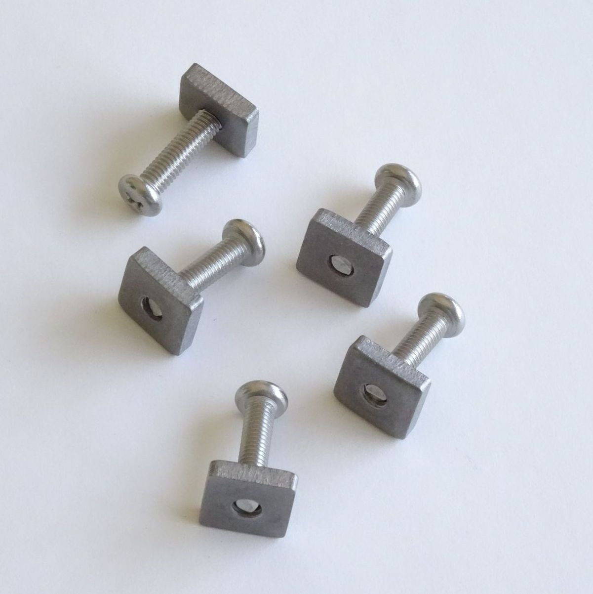 Fin Screw and Plate