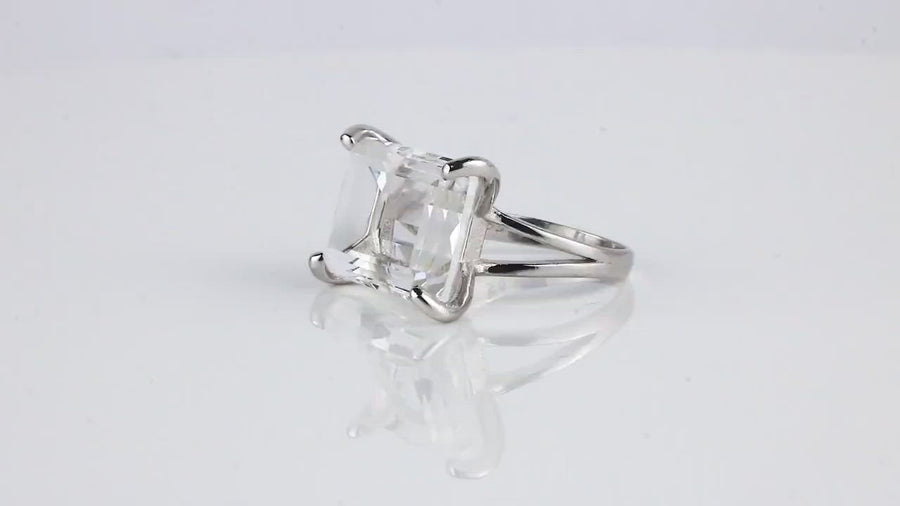 Sophisticated 13x18mm Clear Quartz Sterling Silver Ring