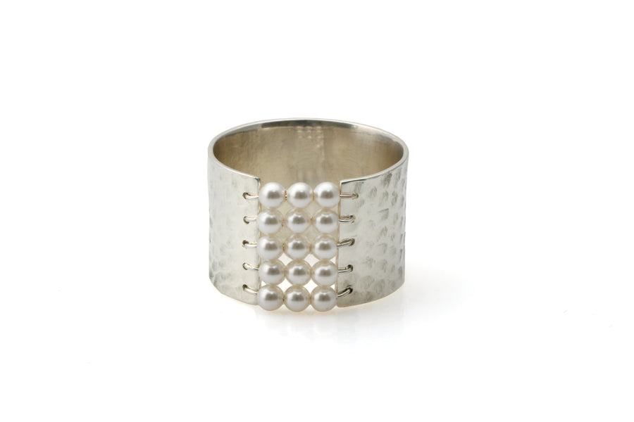 Silver hammered ring,wire ring,silver handmade ring,pearl ring,silver ring,custom beaded ring,bridal ring,thick wide ring,hammered ring