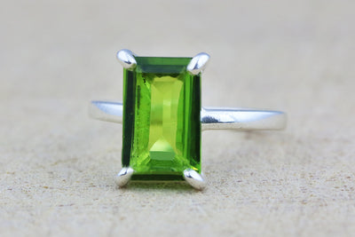 Rectangular peridot ring,rectangle ring,silver ring,August birthstone ring,sterling silver stack ring,green ring