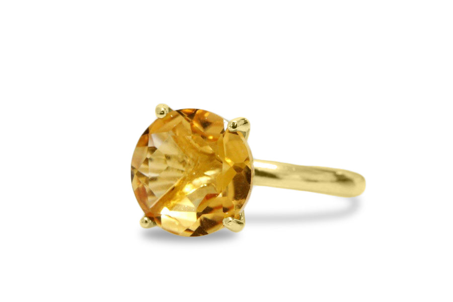 Round Citrine in 14K Gold Rings
