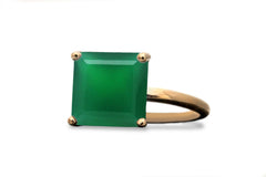 May Birthstone Ring - Elegant Green Onyx in 14K Gold - Handmade Natural Stone Rings for Celebrations and Daily Wear - Exquisite Green Ring