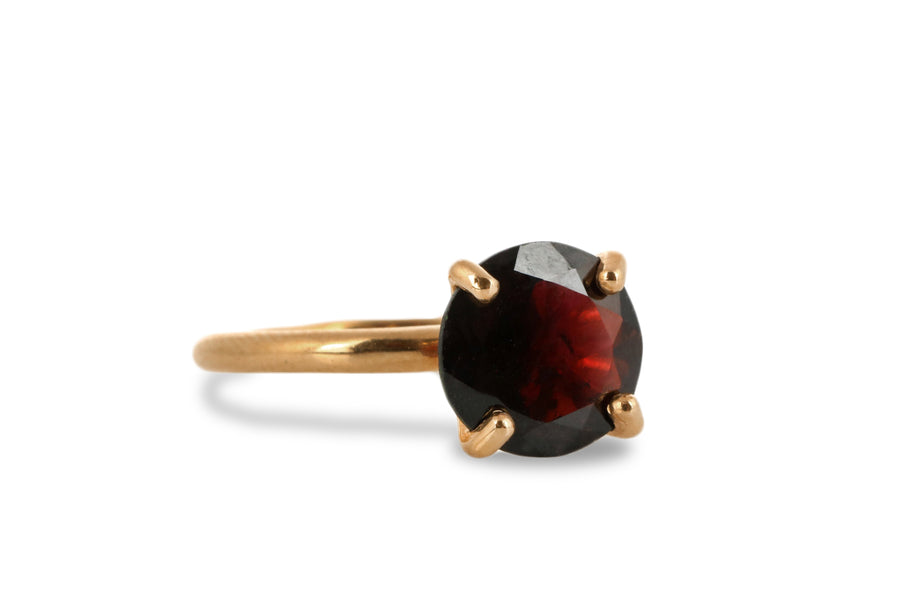 Cocktail Garnet Ring - Simple yet Elegant Ring for Special Occasions - Handcrafted by Professional Jewelers - Handmade