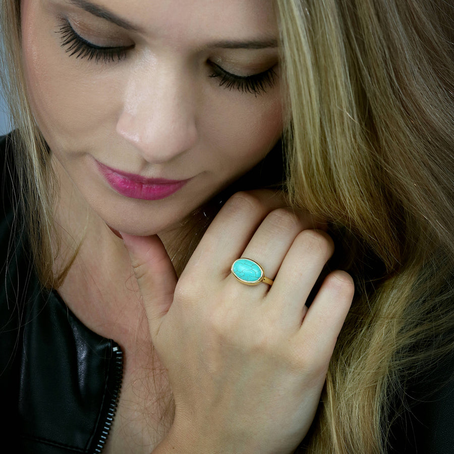 Turquoise ring,December birthstone ring,gold ring,oval ring,bezel ring,stacking ring,gold gemstone ring