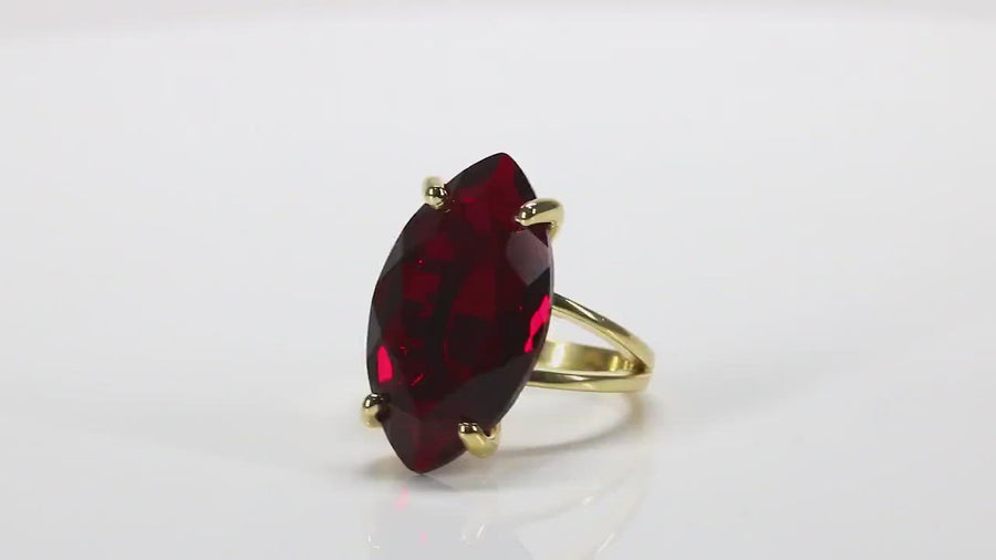 Cocktail Red Garnet Jewelry Ring in 925 Sterling Silver