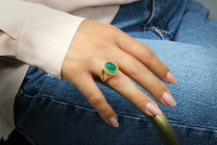 Sterling Silver Oval Ring with Gorgeous Green Onyx Gemstone