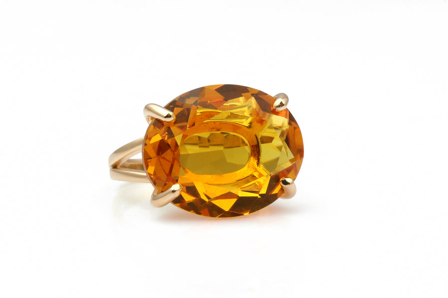 Brilliant Oval Citrine in 14k Gold Filled Band