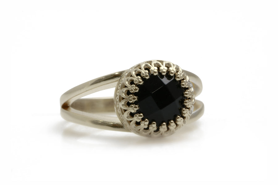Black Onyx Ring in Sterling Silver - Bold Statement 10 Carat Black Onyx Gemstone in 925 Silver Ring Band - Fashion Rings for Women