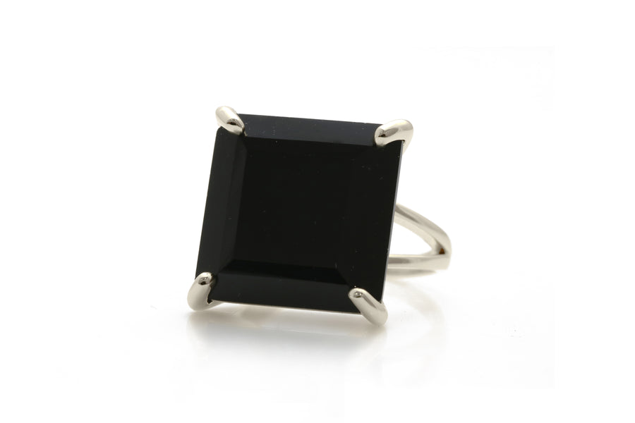 Stunning Black Rings for Women - Handcrafted Black Onyx Jewelry in 14k Gold - Elegant Gold Rings for Every Accessory Need