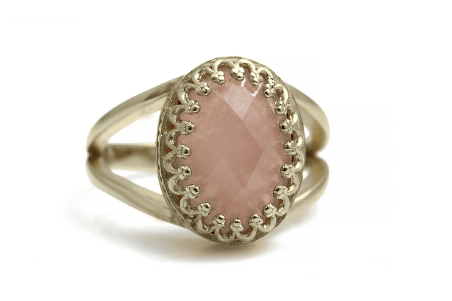 Chic 14x10mm Rose Quartz in 925 Sterling Silver