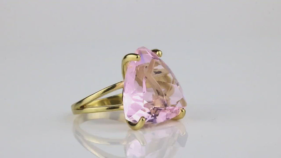 Trillion Gold Ring - Feminine AA Rose Quartz Ring for Everyday Use - Perfect Gift for Strong Women - Handmade